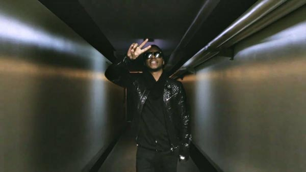 SonicAmp.com|Videos|Lupe Fiasco::The Show Goes On